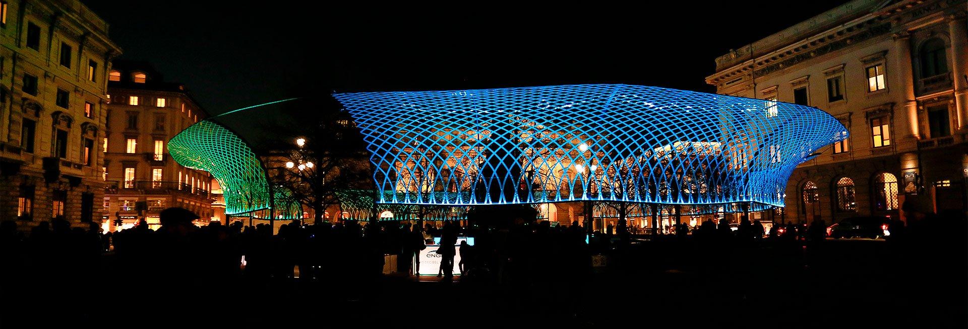 installazione luminosa Piazza della Scala